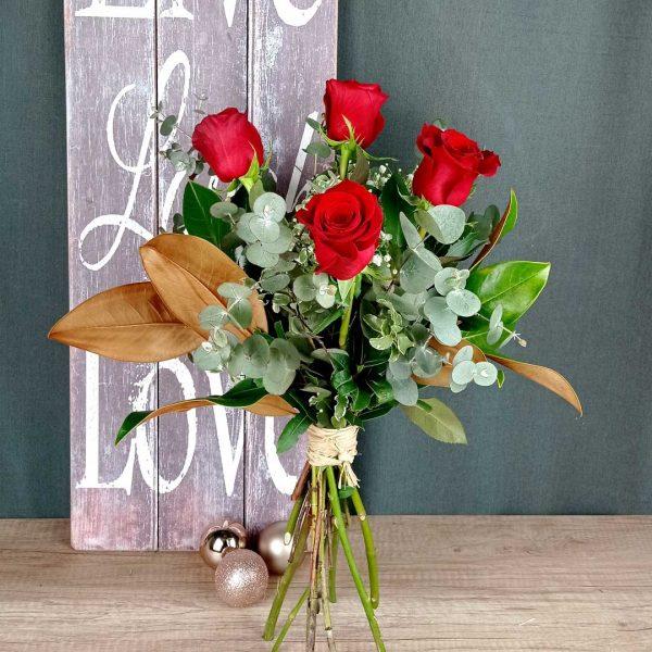 ramo-4-rosas-rojas-floristeria-igualada-les-flors