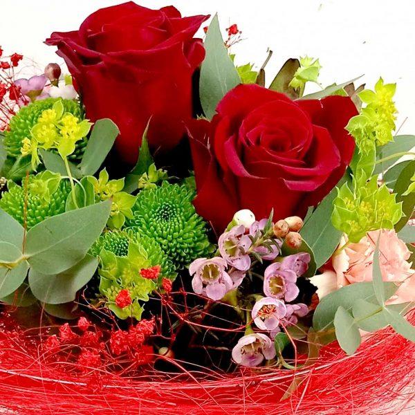 ram-roses-vermelles-cristantem-clavells-flor-seda-ram-floristeria-les-flors-igualada