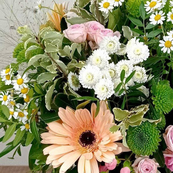 ram-flors-variades-crisantems-gerberes-les-flors-floristeria-igualada