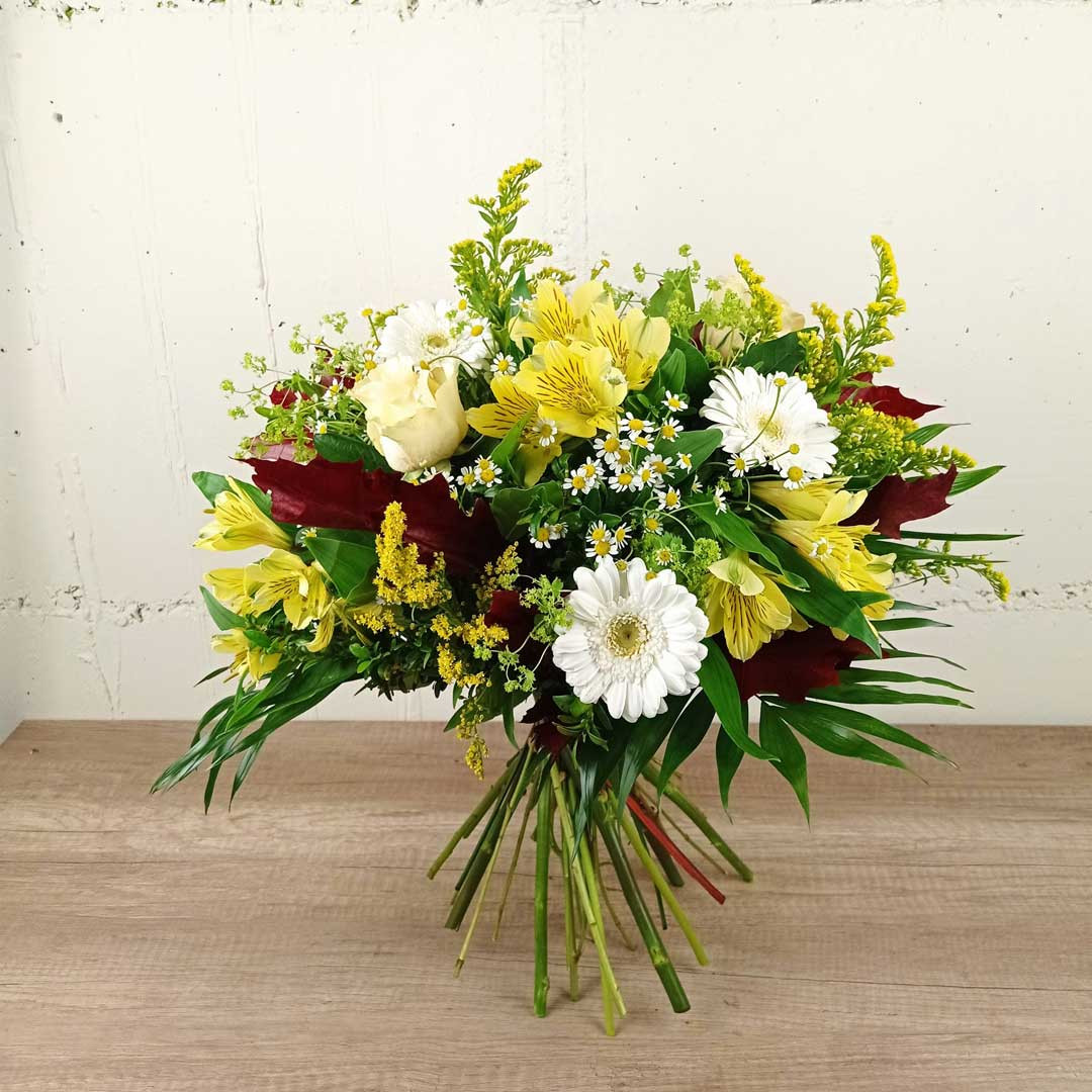 roses-blanques-ram-floristeria-les-flors-igualada-dia-de-la-mare